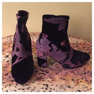 Steve Madden Emison Ankle Boots 👢